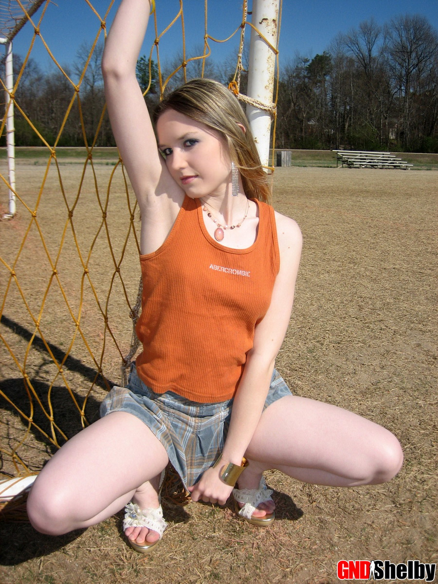 Cute Petite Teen Shelby Flashes Her Perky Tits Outdoors At The Public Park - Picture 10